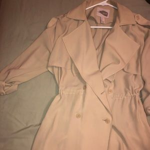Forever21 flowy nude / cream trench coat jacket